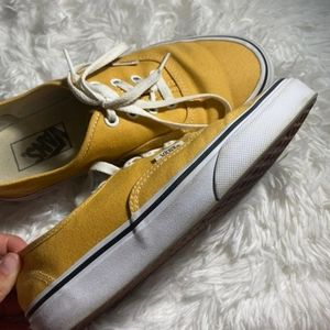 7.5 women yellow vans